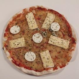 Pizza de formatge brie, cabra i roquefort